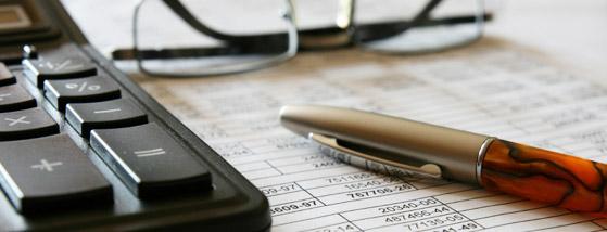کنترل و گزارشگری رعایت قوانین و مقررات توسط حسابرسان مستقل